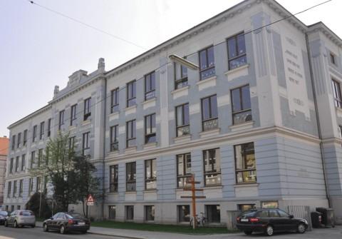 Daniel Gran-Straße 49