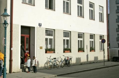 Klostergasse 19