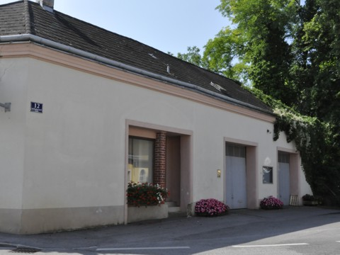 Josef Trautmansdorff-Straße 12