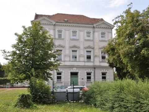 Grillparzerstraße 17
