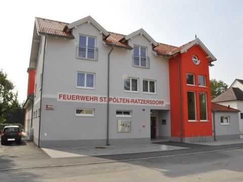 FF Ratzersdorf, Fritschstraße 3