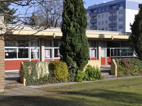 Heinrich Schneidmadl-Straße 10